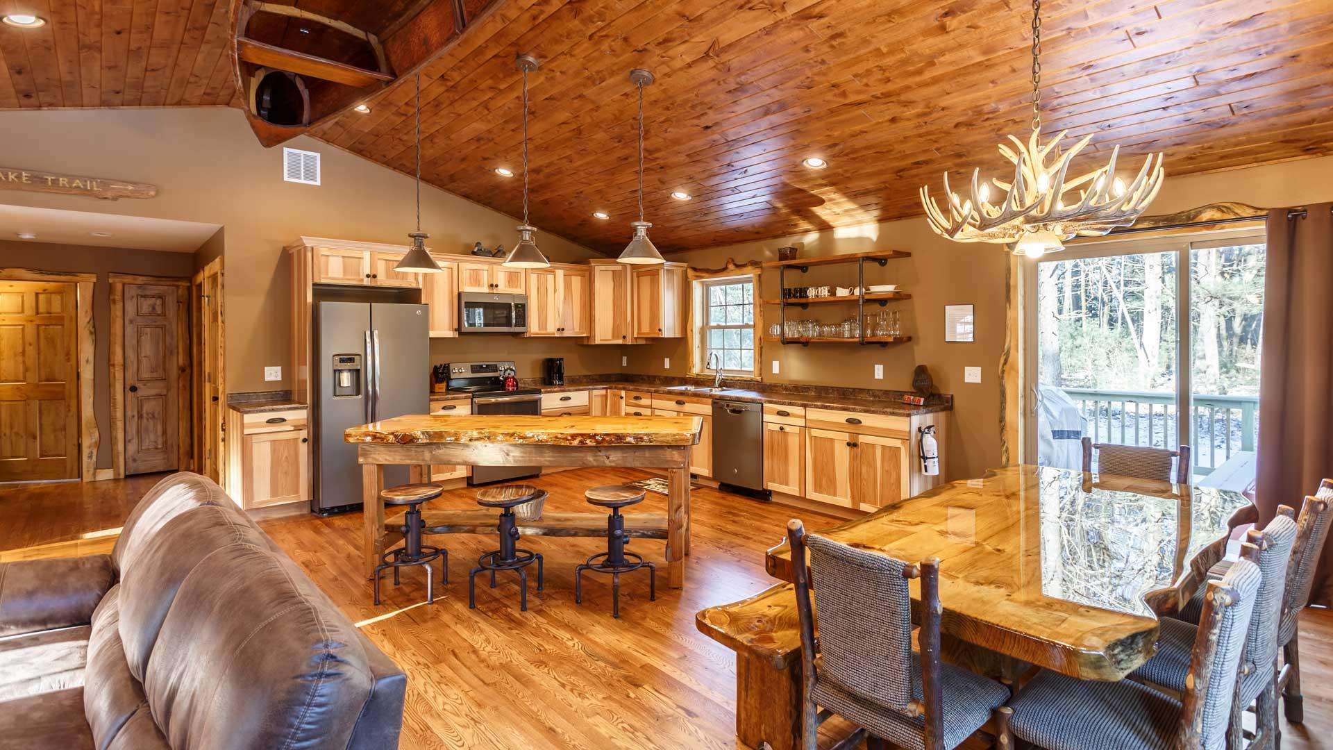 Moose Lodge Reviews   Wisconsin Dells Rental Properties
